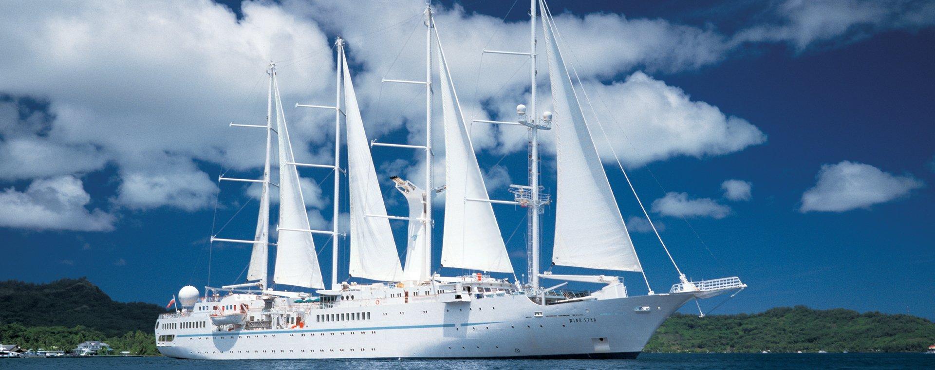 Solo sailing panama canal