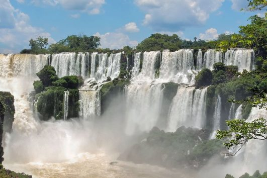 iguazu falls solo travel group